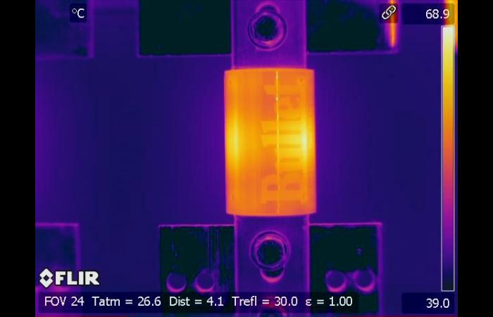 Infrared inspection emissivity difference  0 - Infrared Electrical Inspection