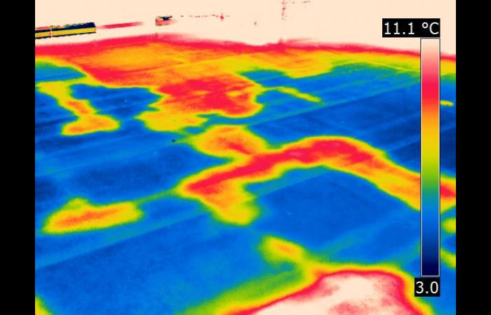 Roof moisture 3 0 - Infrared Roof Inspection