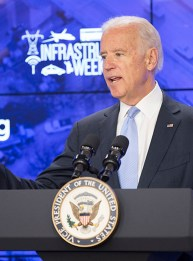 Infrastructure Week kickoff event panel at Bloomberg Government with Vice President Joe Biden in Washington, DC on May 11, 2015. Photo by Ian Wagreich / © U.S. Chamber of Commerce