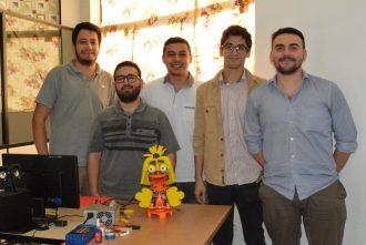 Estudiantes de Ingeniería Mecatrónica de la FIUNA presentaron sus trabajos en la cátedra de Robótica 2