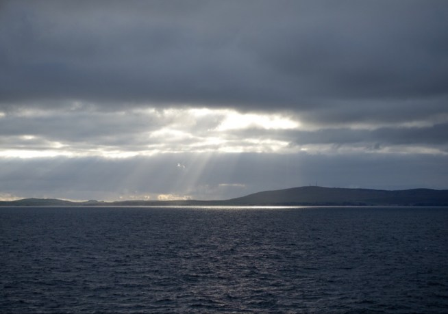 Evening light seen from the ferry to Aberdeen (Inge)