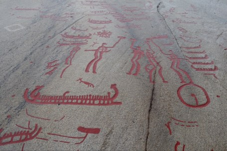 3000 year old rock carvings near Tanumshede