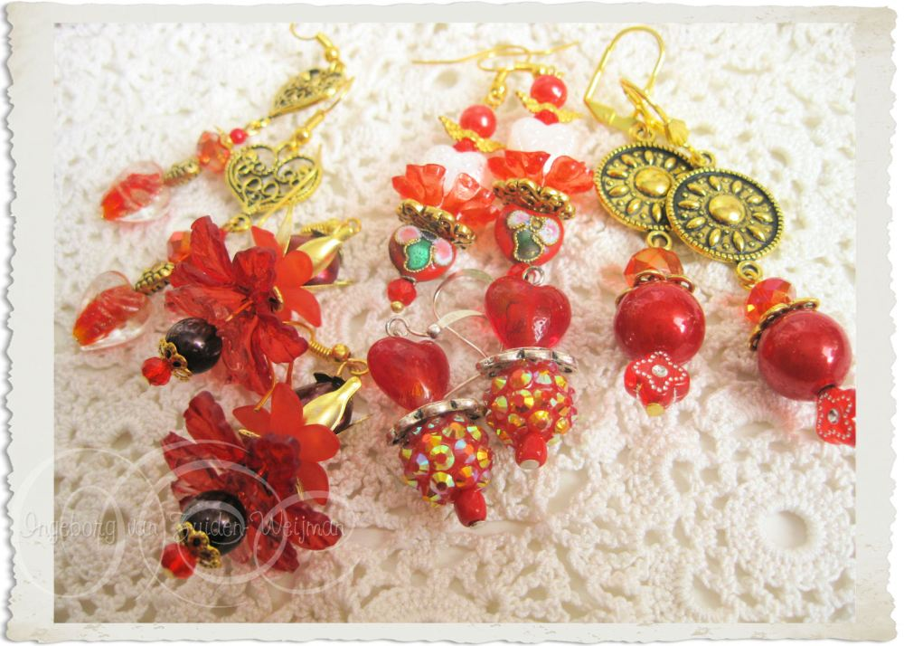 Handmade red gold earrings
