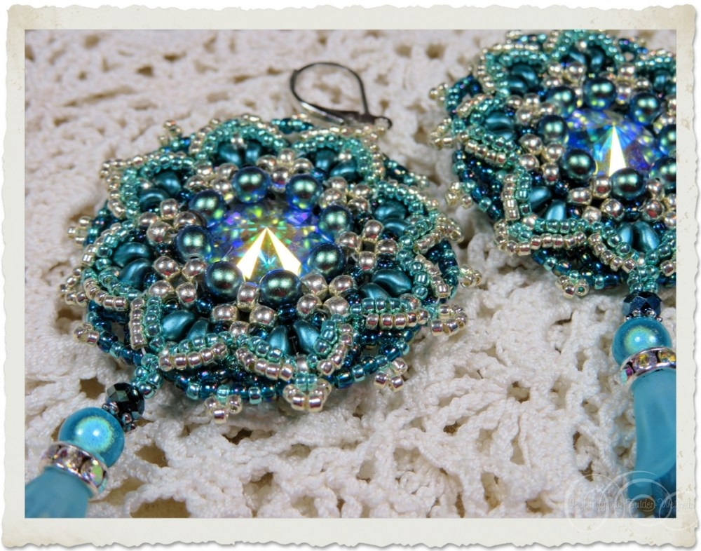 Blue turquoise beadwoven earrings with Swarovski rivoli stones and pearls