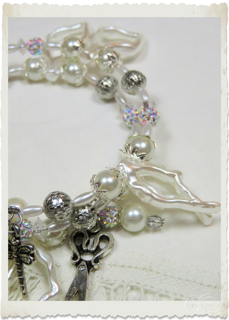 Details of pearl dangle