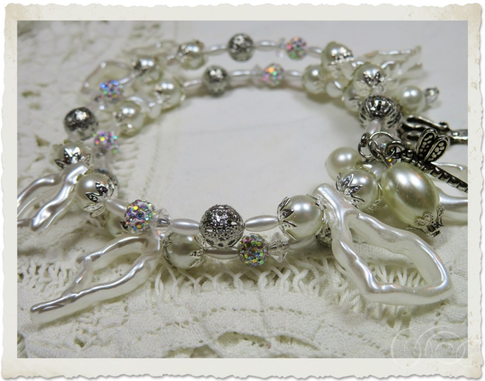 White silver memory wire bracelet by Ingeborg