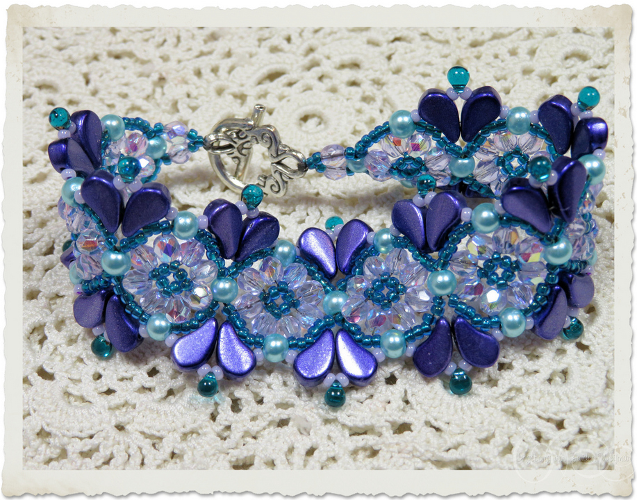 Purple blue beadweaving bracelet with Czech faceted glass beads and pearls