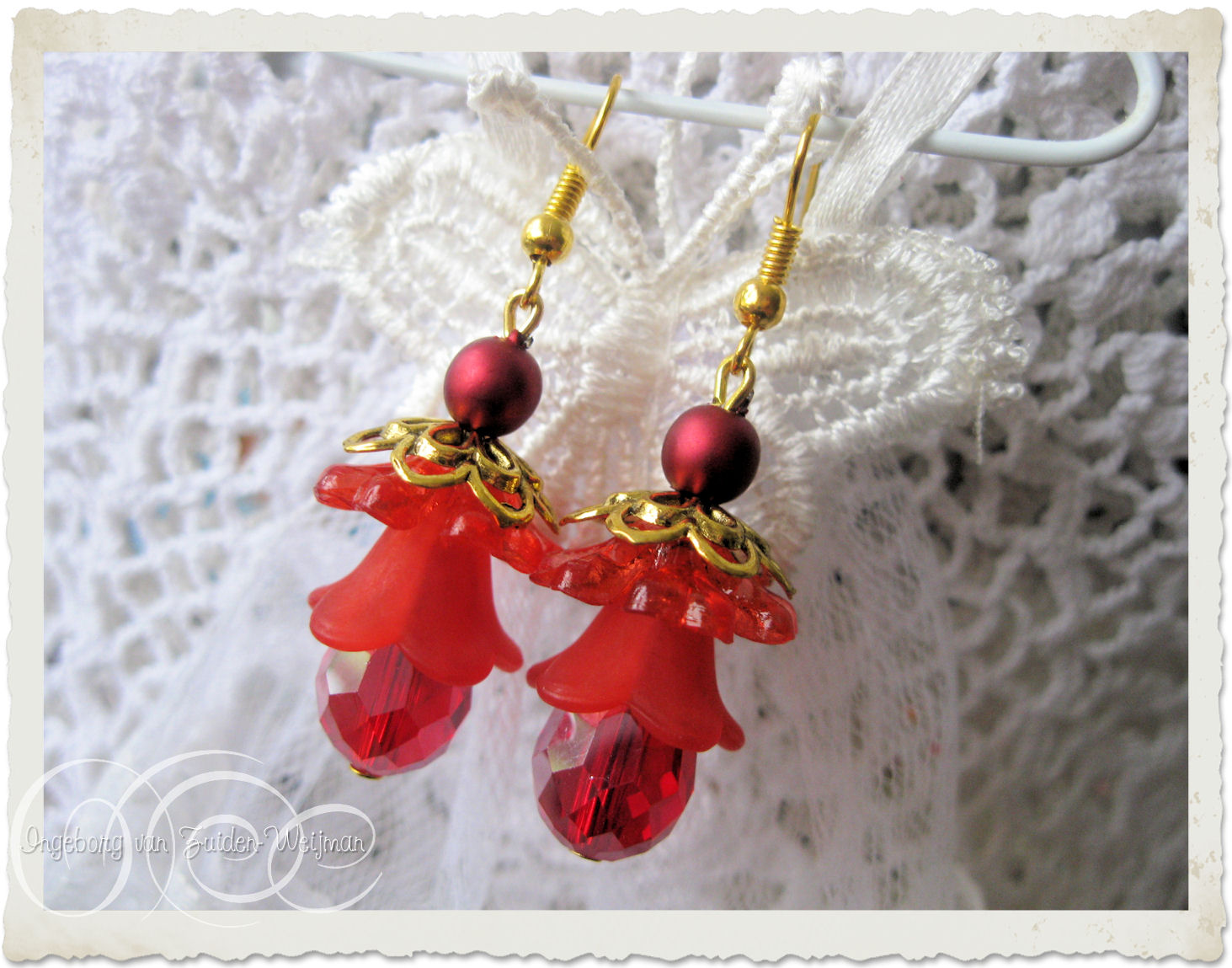 Floral Christmas earrings