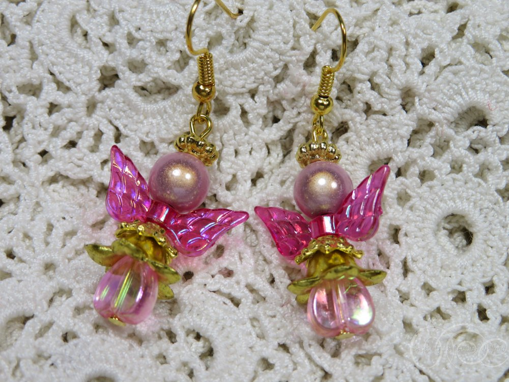 Aurora pink angel earrings by Ingeborg van Zuiden