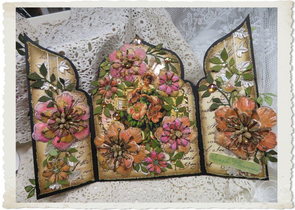 Handmade vintage fairy card with Arianna blooms flowers by Ingeborg van Zuiden