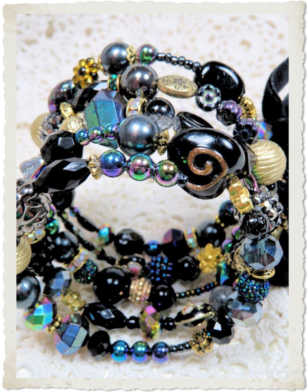 Black AB shiny bracelet with memory wire