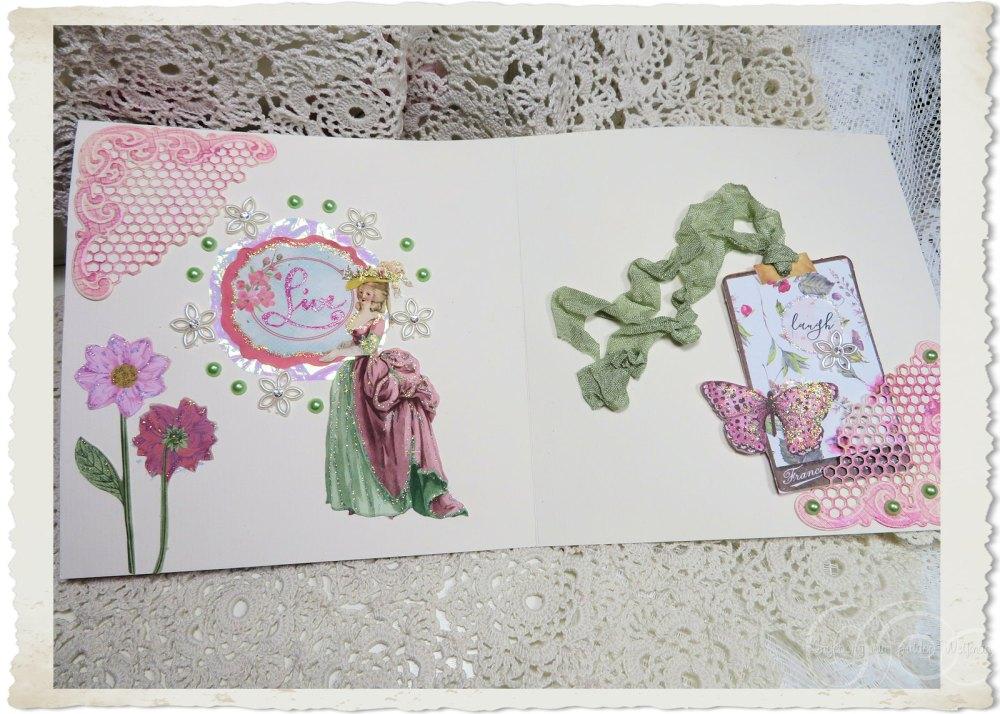 Inside details of Marie-Antoinette Q card