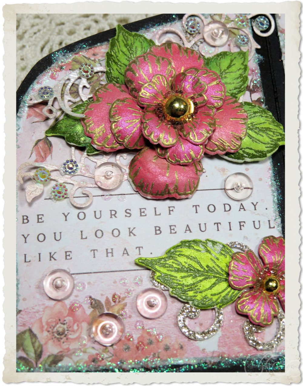 Quote on a card with Oakberry Lane flowers from Heartfelt Creations