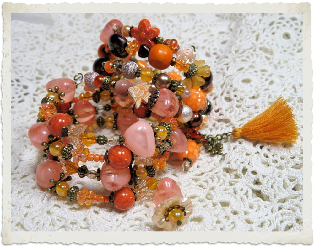 Orange peach bracelets by Ingeborg van Zuiden