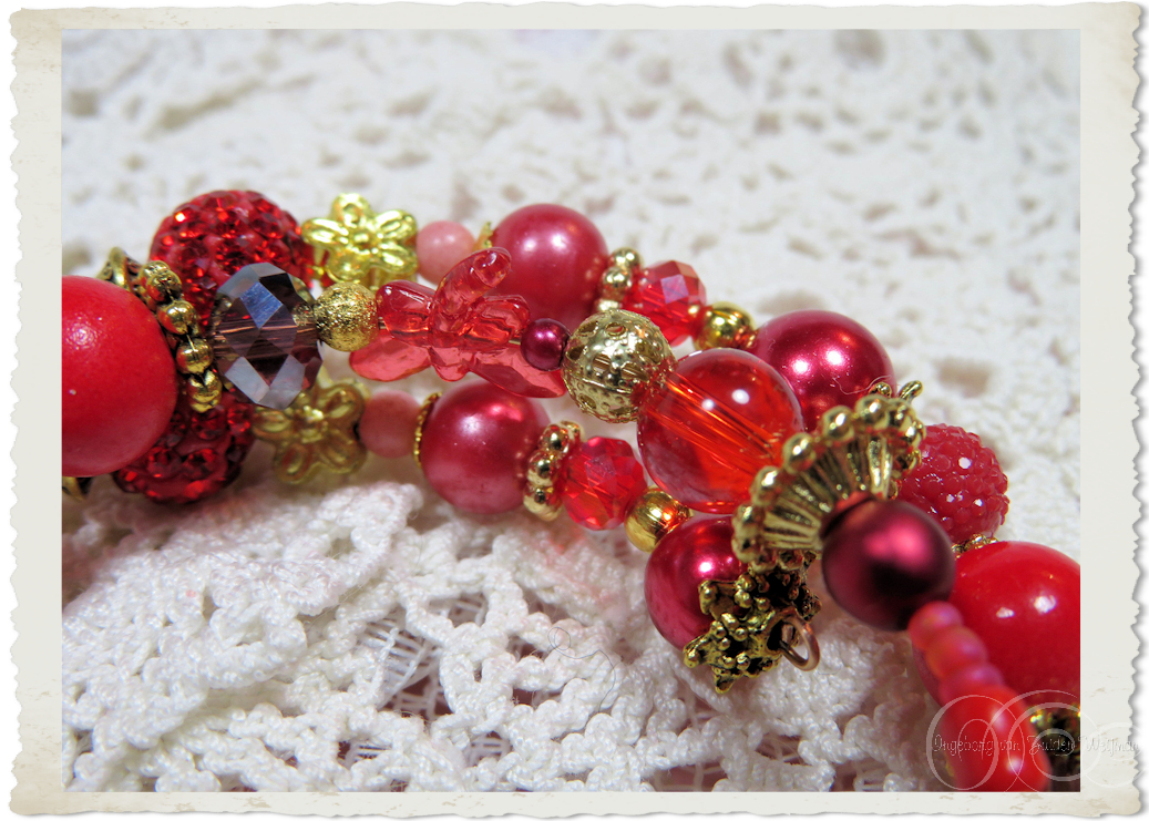 Details of Red floral bling memory wire bracelet