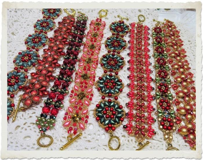 bead weaving bracelets for Christmas