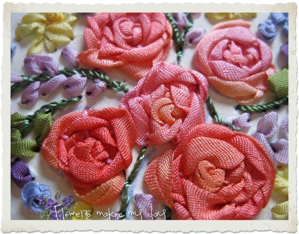 Silk ribbon embroidery roses by Ingeborg van Zuiden