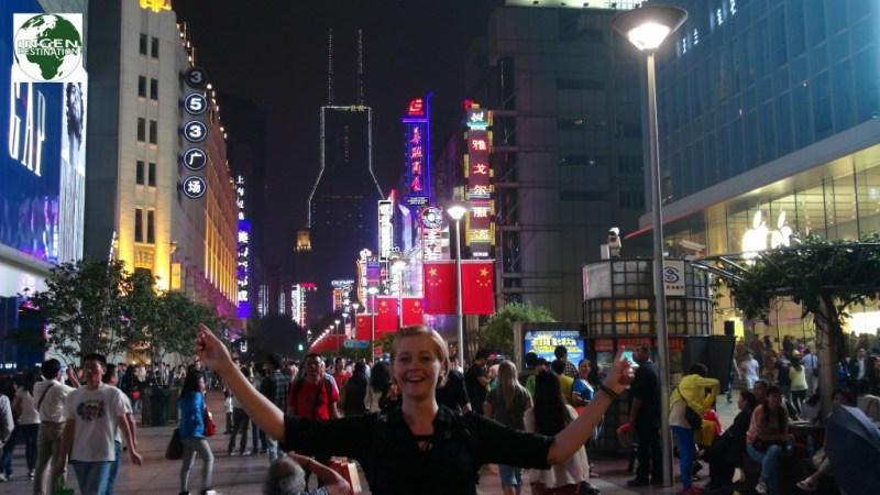 Nanjing road, Shanghai's største shopping gade.