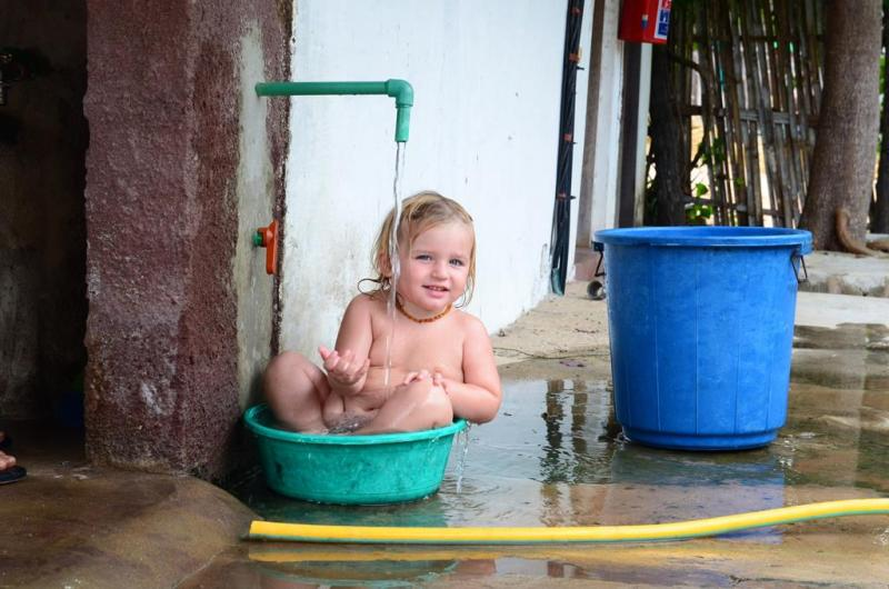 nZuwa Lodge, pemba, Mozambique, barn, bad, shower, bucket, Olivia