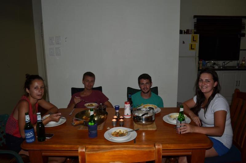 Faye - Erik - Johnny og  Megan ved vores fælles middag.