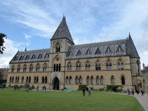 Fachada del Museo de Historia Natural, Oxford