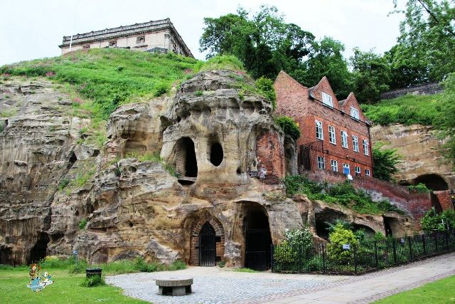 Cuevas del Castillo de nottingham