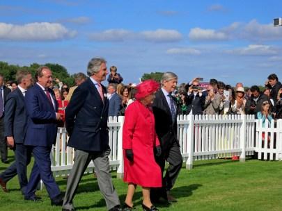 Funciones de la Reina Isabel II