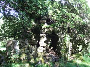 One of the many grottoes at Fonthill Estate. This is a wee one compared to most of them!