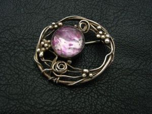 Mary Thew. Brooch recently sold on eBay.