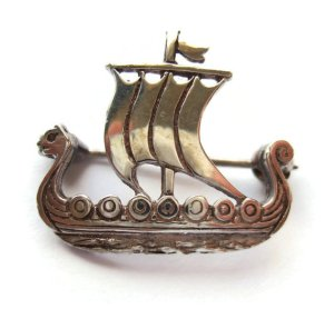 Sterling silver Viking longship brooch by Malcolm Gray of Ortak, hallmarked Edinburgh 1981. For sale in my Etsy shop: click photo for details.