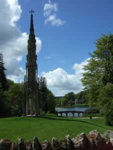 And this is the view from just by those cottages: the Bristol Cross, the Palladian Bridge and the Pantheon.