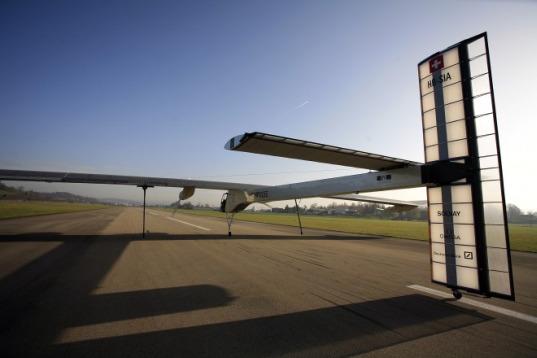 sustainable design, green design, solar powered airplane, alternative energy, renewable energy, solar impulse, solar power, aircraft, airplane