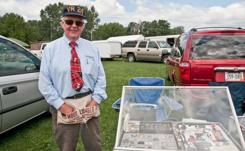 In Praise Of That 6 Degrees Thing: People & Other Flea Market Finds