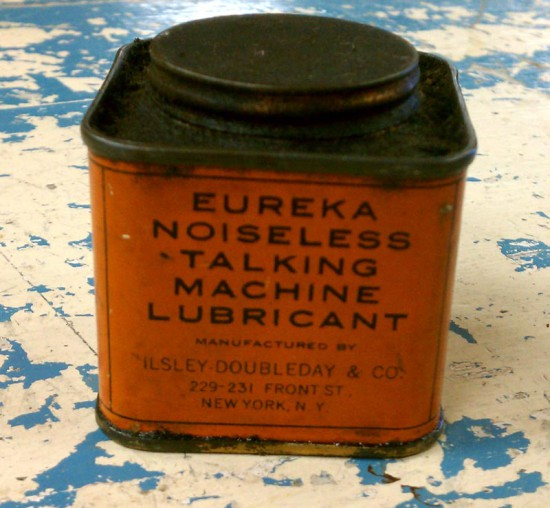 Eureka Noiseless Talking Machine Lubricant