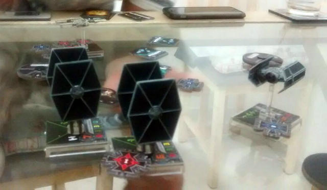 b-wing-dando-volta-tiefighters