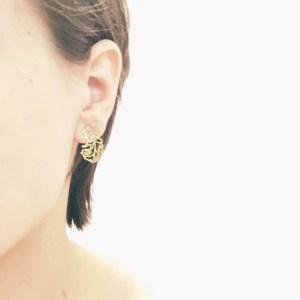 Feather earstuds