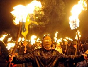 Ukraine : pendant que les fascistes soutenus par l'UE célébrent les collaborateurs nazis, Mosanto installe ses OGM