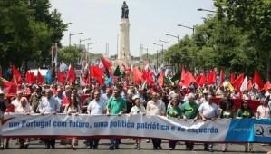 Portugal : pour une politique patriotique de gauche 100 000 personnes dans les rues de Lisbonne ! le discours de Jeronimo de Sousa secrétaire général du PCP ! #vidéo