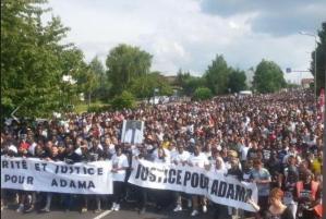 #justicepouradama Adama Traoré Les pompiers font voler en éclat la version du procureur et des gendarmes #violencespolicières