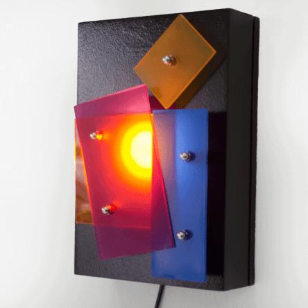 Kassi lampe design en métal et plexiglass recyclé