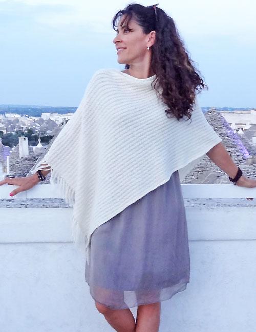 poncho lana alpaca bianco