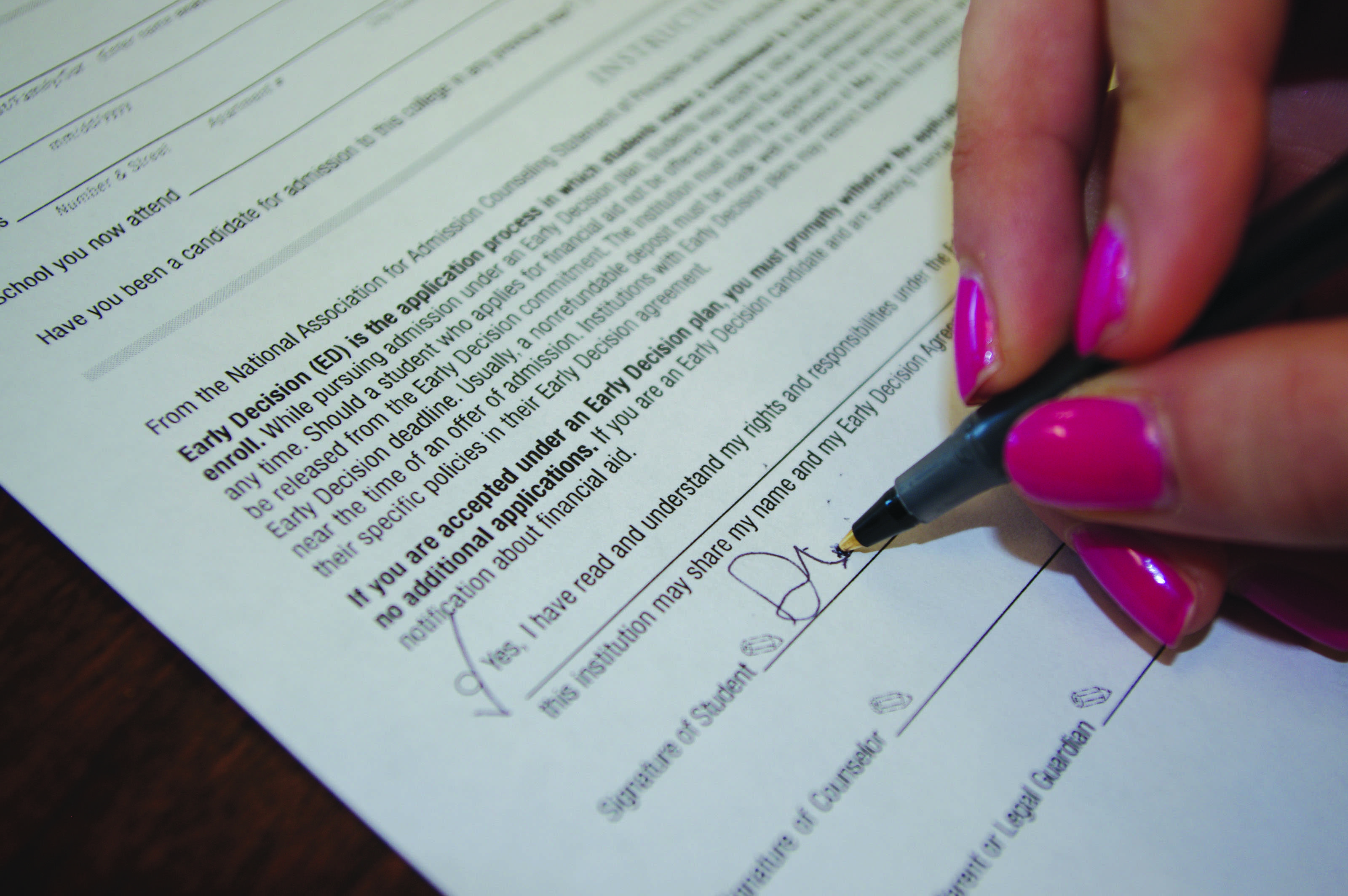 Looming Deadlines Early Applications Add To Busy Lives Of Seniors Inklings News