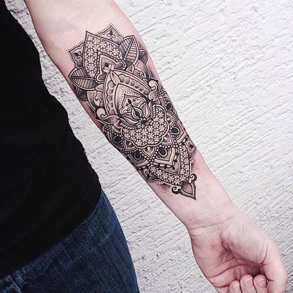 15 of the Most Eye-Catching Geometric Tattoo Designs