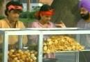 """जेव्हा जसपाल भट्टी """"पाणीपुरी"""" च्या बिजनेसचे शेअर्स विकायला काढतात!"""