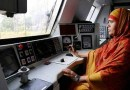 डीझेल इंजिन रेल्वे चालवणारी आशियातील पहिली 'महिला लोको पायलट'- मुमताज काझी!