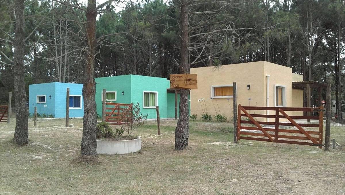cabanas-para-4-personas-colores-del-pinar-D_NQ_NP_212511-MLU20555451744_012016-F