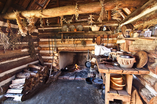 Colonial Farm Kitchen