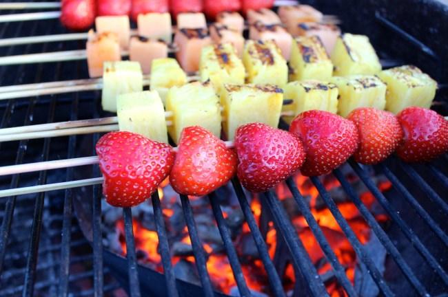 Frukt på grillen