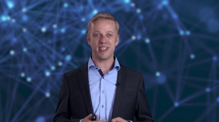 Digitalización en tecnología de accionamientos que conecta accionamientos a la plataforma Ind. Edge