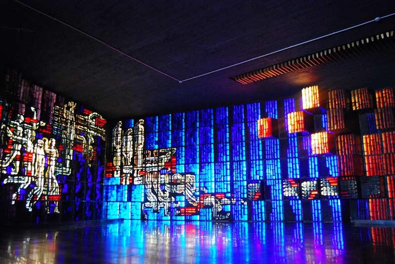 Stained-glass-by-Kazimieras-Morkunas-InnovaConcrete